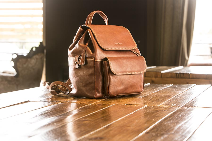 gianni conti made in italy leathers bags